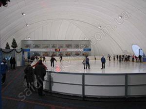 Ледовый каток «Айсберг» внутри