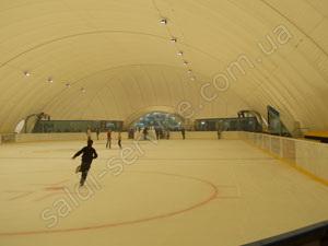 Gulfstream ice rink inside