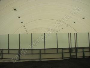 Льодовий стадіон на проспекті Глушкова всередині