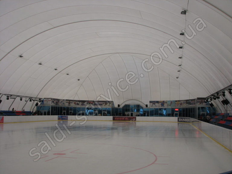 Ледовый каток район Вишенка внутри
