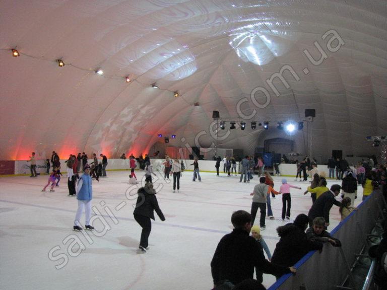 Ледовый стадион «Умка» внутри