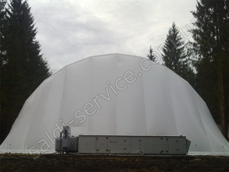 Металлоконструкция с тентовым покрытием частного поместья в Ивано-Франковске