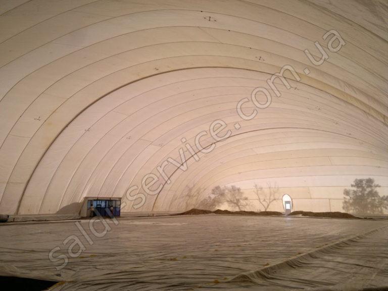 ВОС Ледовый каток в Ташкенте внутри