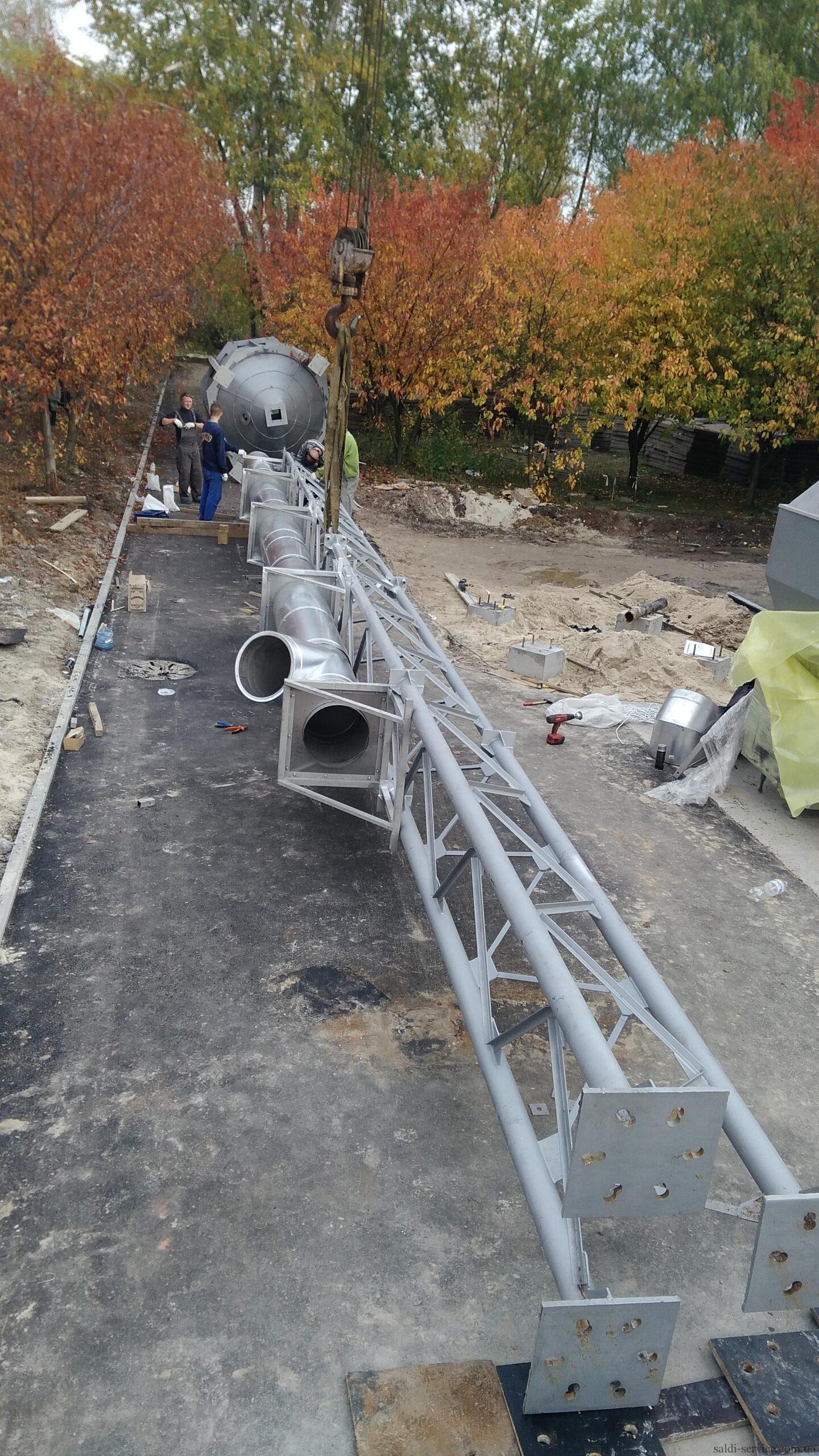 Монтаж пелетного воздушного теплогенератора и опорной мачты-4