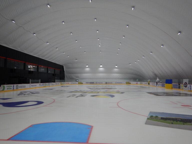 Освещение ледовой арены светодиодными прожекторами г. Мариуполь (2)