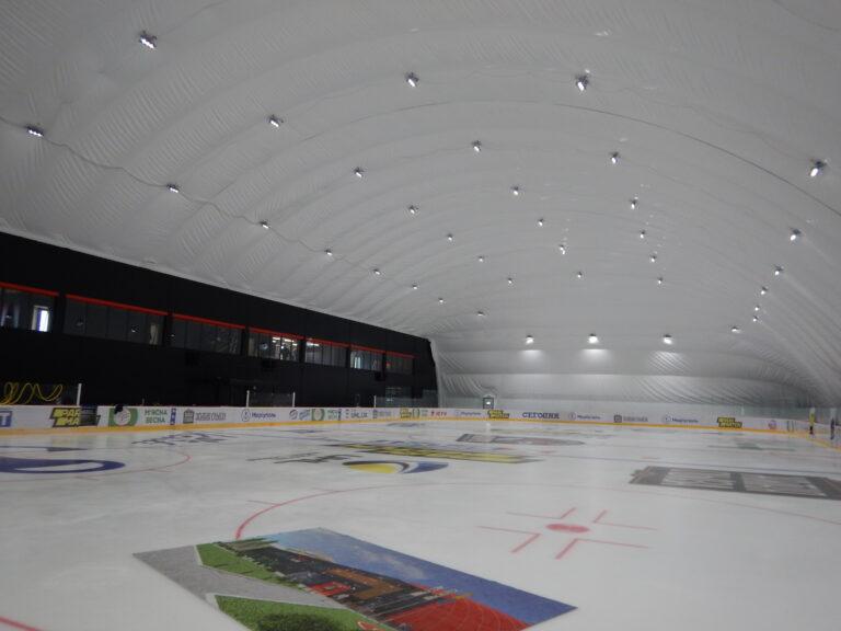 Освещение ледовой арены светодиодными прожекторами г. Мариуполь (3)