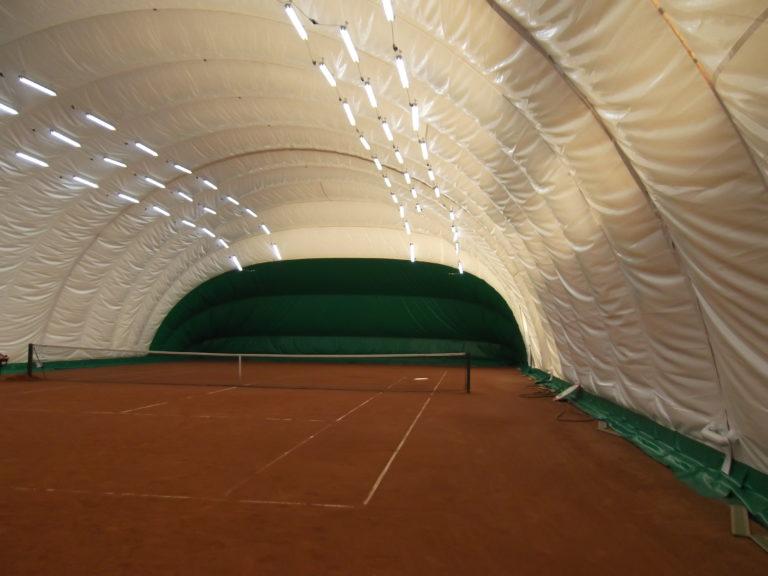 LED освещение 2-ух теннисных кортов спорт-клуба «Максимум» (2)