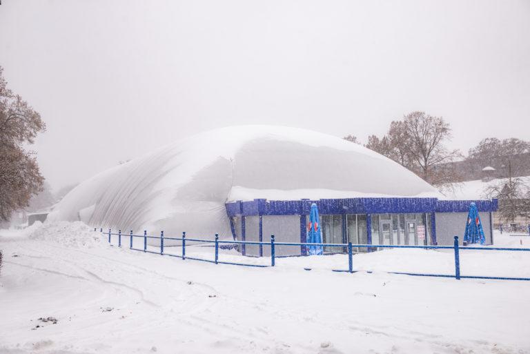 Воздухоопорная конструкция для ледового катка ВДНХ в Киеве (3)