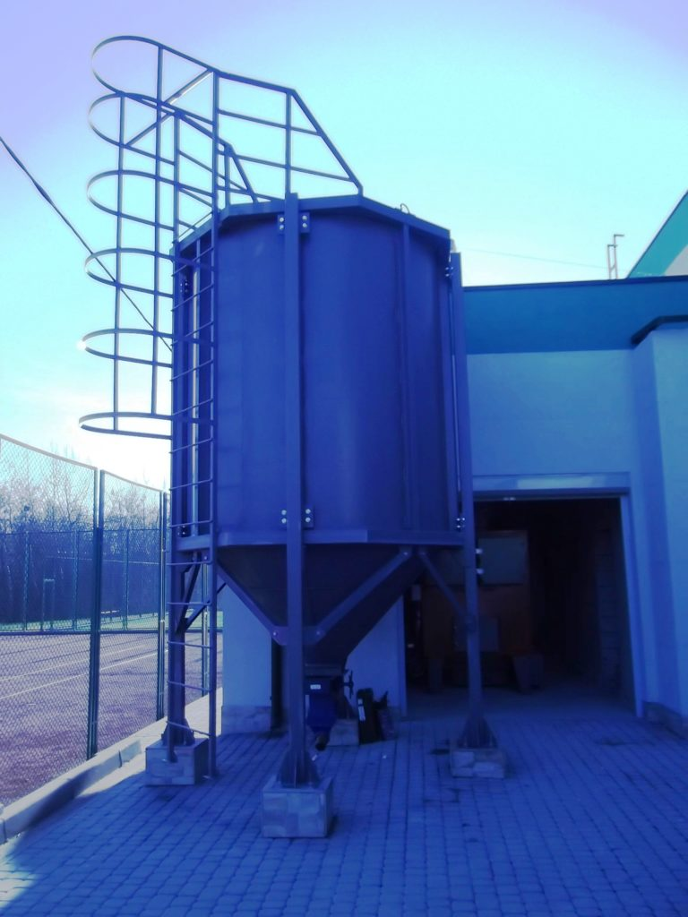 Воздухоопорная конструкция для спорт-комплекса во Львове (7)