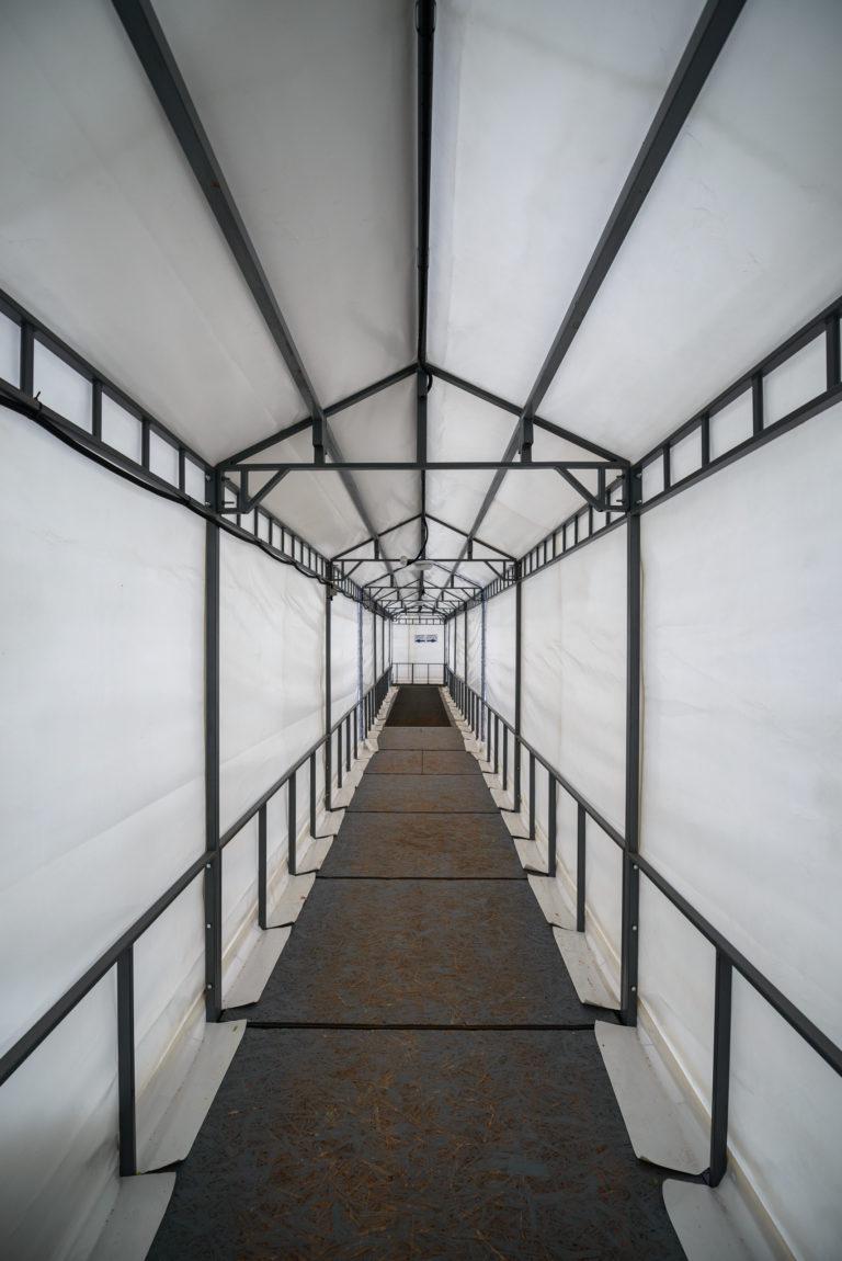 Воздухоопорное сооружение для теннисного корта в Жулянах (10)