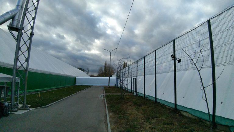 Воздухоопорное сооружение для теннисного корта в Жулянах (8)
