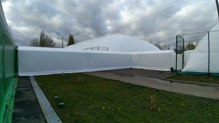 Воздухоопорное сооружение для теннисного корта в Жулянах (9)